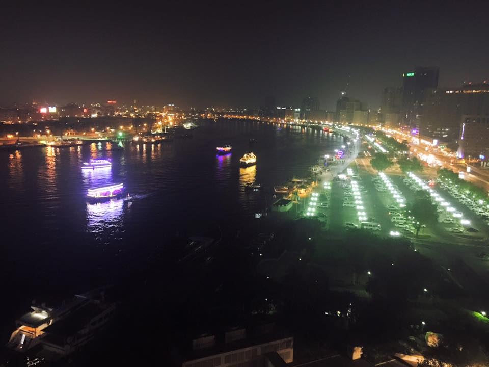 Sheraton-Creek-Hotel-view-at-night