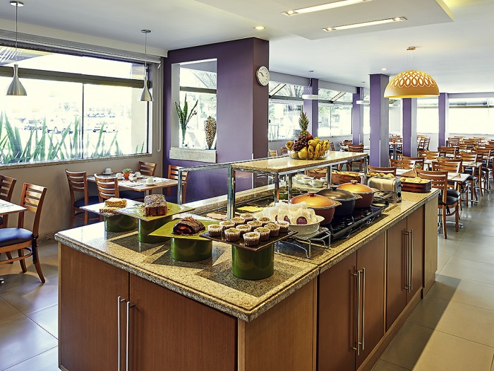 Mercure-Florianopolis-Convention-breakfast